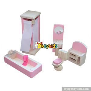 Best wooden miniature bathroom accessories dollhouse furniture for kids W06B013