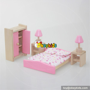 Best 6 pieces pink wooden miniature bedroom dolls house furniture for kids W06B015