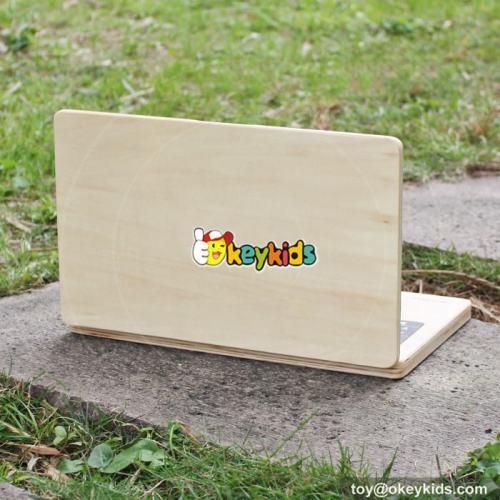 Best design children educational toys laptop shape wooden portable drawing board W12B106