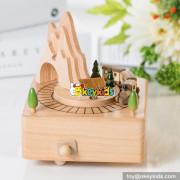 Wholesale cartoon funny wooden boys music box W07B053