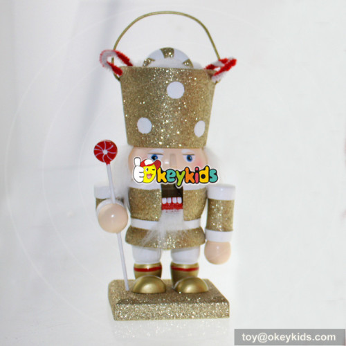 wholesale fashioned wooden nutcracker gifts as christmas gift W02A009C