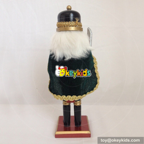 wholesale hot sale wooden kids nutcracker statues W02A067