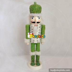 wholesale new europe style wooden nutcracker figurines for children W02A070