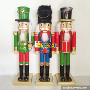 Wholesale holiday gift wooden craft nutcracker statue toy for toddler W02A060
