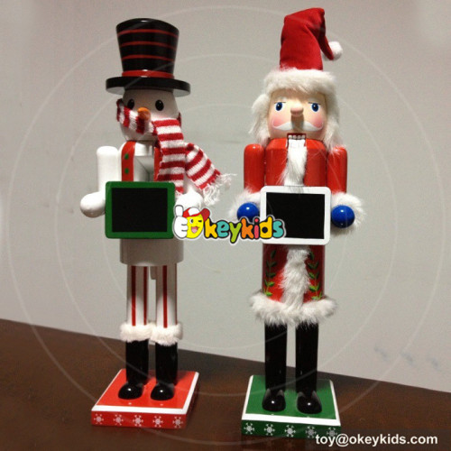 Wholesale brand new wooden nutcracker ornament toy for home decoration W02A076