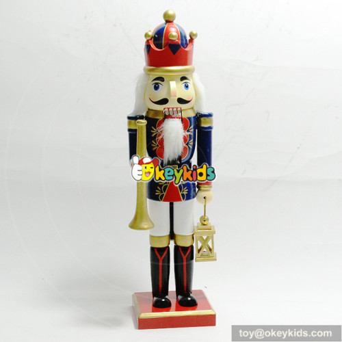 Wholesale stylish household toddler wooden king nutcracker W02A195