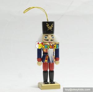 wholesale hot sale christmas decoration wooden nutcracker statue W02A206