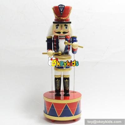 Latest design creative customized wooden nutcracker craft W02A214