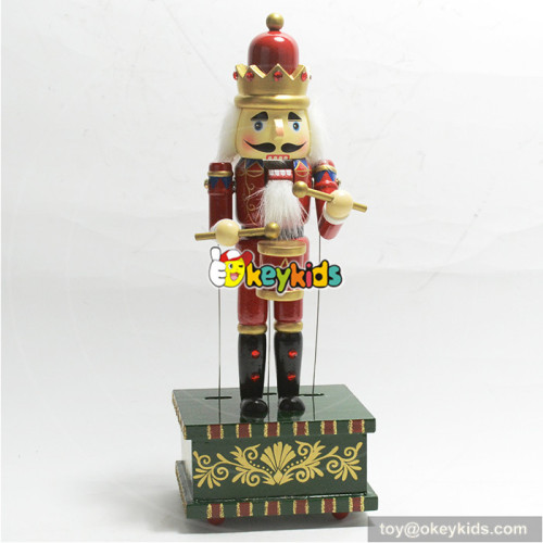 christmas decoration supplies type wooden nutcracker toy W02A217