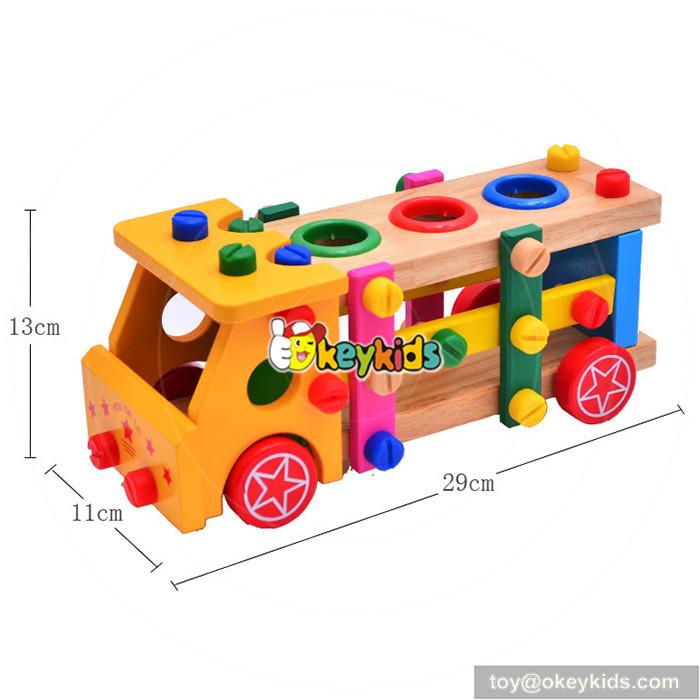 assemble screws toy