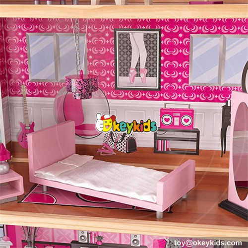 wholesale 30 furniture pieces children wooden giant doll house new style kids pretend play wooden giant doll house W06A222