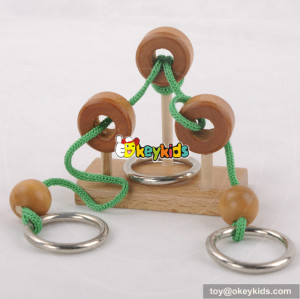 Wholesale high quality wooden rope puzzle game toy for children W11C023