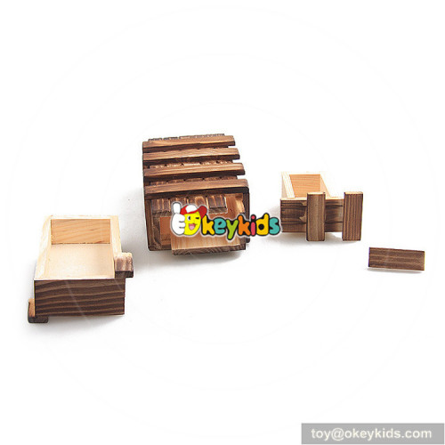 Wholesale new fashion wooden craft unlocked toy for children W11C028
