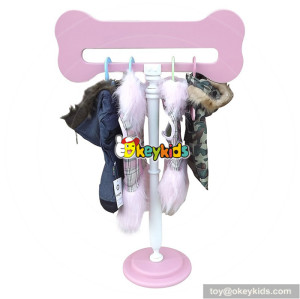 New products colorful clip pet clothes hanger at household W06F009A