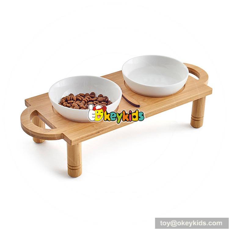 dog pet feeder