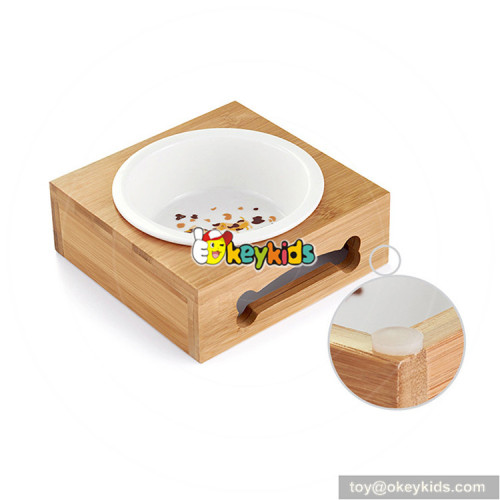lovely style wooden automatic pet feeder for animals use W06F057