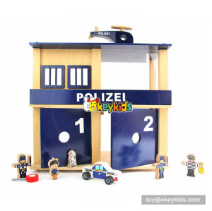 Okeykids wooden crime police station play set of kids Includes dolls and furniture W06A286