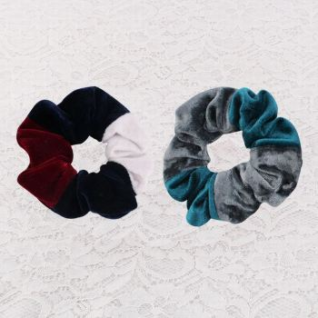 Velvet scrunchie hair tie ponytail holder