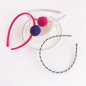 Kids pom-pom ball hair band set