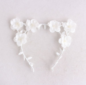 Music festival girl white cat ears flower headband crown