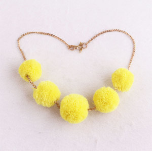Cloth fashion sew accessory girl chain yellow yarn pom pom ball necklace wholesale