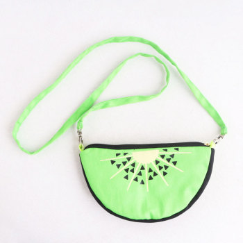 Child green canva kiwi fruit messenger bag zipper fruit handbag
