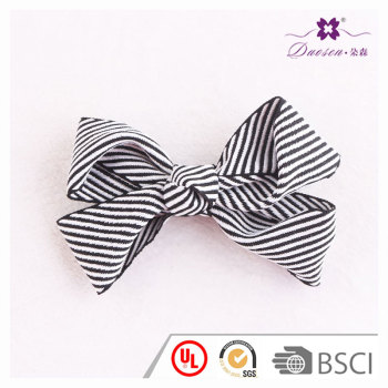 4 inch popular zebra black and white striped ribbon bow hair clip for 1 to 10 year-old baby girl