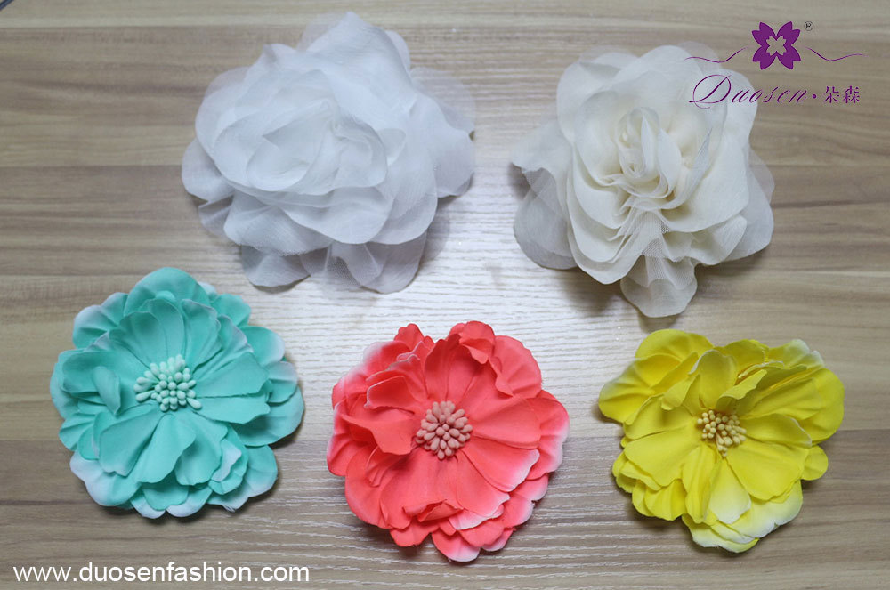 custom flower brooch