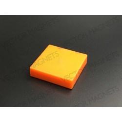 Memo Magnet Ferrite Square Yellow with plastic housing