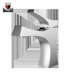 Grifos tradicionales de lavabo de cromo con una sola palanca para el baño