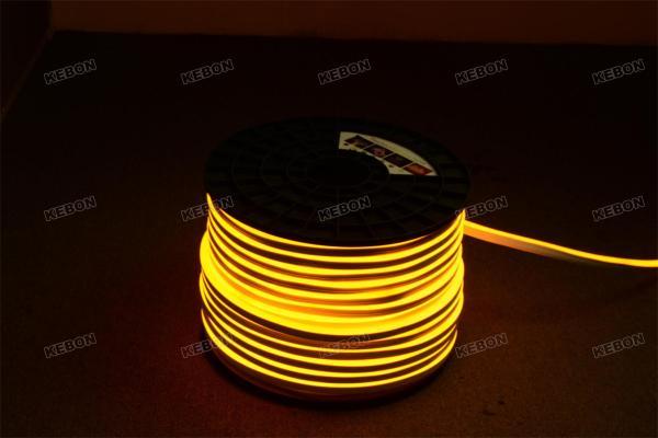 Цветовая температура 2000K IP68 Водонепроницаемый SMD2835 120LEDs AC220V Гибкий неоновый свет