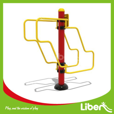 Park exercise stations Push-up and Dip station