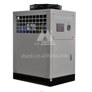 Box type air cooled scroll chiller with refrigerated capacity of 49*10^3Kcal/h (7℃)