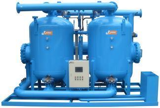 Zero air consumption waste heat regenerative desiccant air dryer