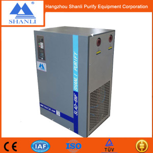 Inline air dryer for compressor