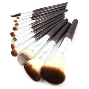 Hot selling  private label 12 pcs kabuki make up brush set china makeup brush set