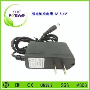 8.4V 1A 锂电池充电器