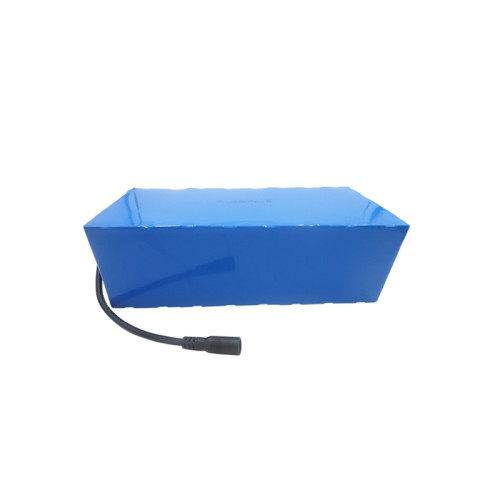 Specialist in custom 26650 12.8 volt 25ah deep cycle lithium battery for golf trolley in Italy