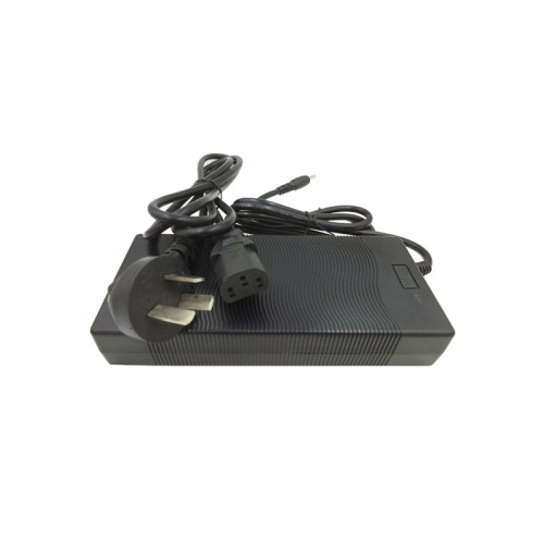 100v-240v dc 8.4v 10a li-ion battery rohs charger made in Guangdong