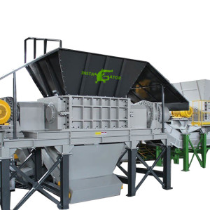 Industrial tire waste solution tyre crushing machine plastic rubber recycling shredder