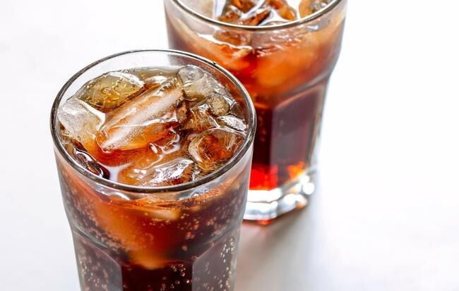 the disadvantage of fizzy drink diet soda
