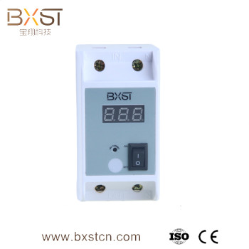 Intelligent electrical circuit breaker, current protector