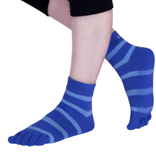 Yoga Sock With Embroidery Logo