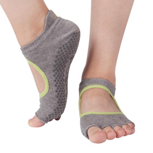 Non Skid Yoga Socks Wholesale