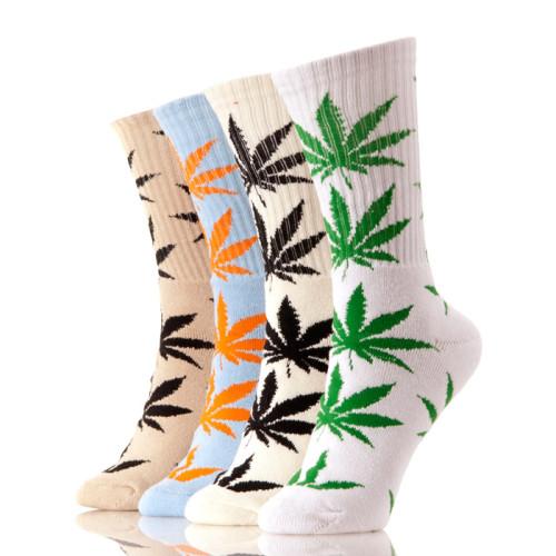 Boys Wearing Crew Cheap Hemp Weed Leaf Socks for Man