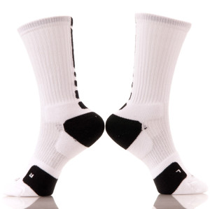 China Custom Made Cotton Sport Logo Crew Men Elite Basketball Socks
