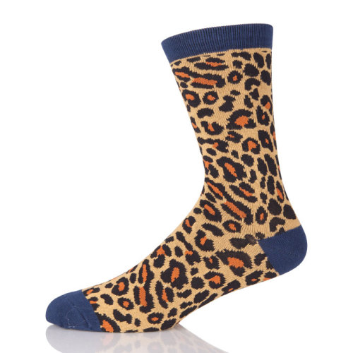 Low MOQ Style Wholesale Leopard Pattern Jacquard Custom Men Socks