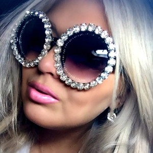 Wholesale 2020 Custom Private Label Fashion Womens Round Luxury Shades Bling Diamonds Crystal Sunglasses