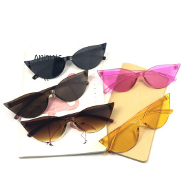2019 Cat Eye Woman Sun Glasses Popular China Hot Selling Sunglasses