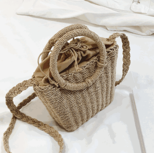 Fashionable women summer tote beach bag handbag straw string bag with round handle and long strap